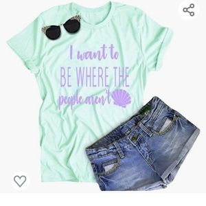 Graphic tee Mint green. Funny little mermaid